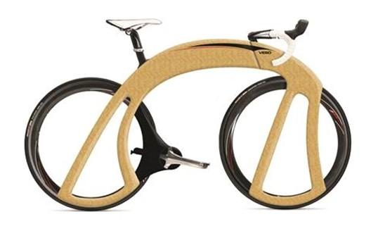 MOBILITE-MATIERE : Design velo de piste EcoBike® en matière composite Bambou avec une assistance électrique.